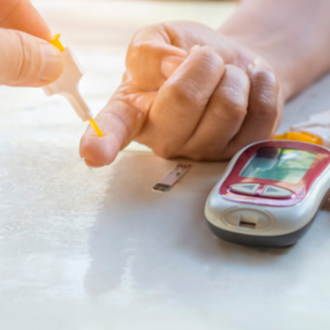 Medir la glucosa y el colesterol